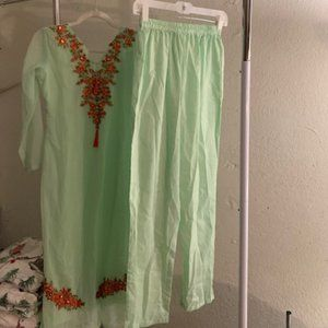 Utsav Green Hand Embroidered Cotton Outfit 3Pc 34""